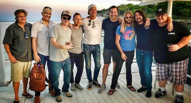 H ζωντανή εμφάνιση των Foo Fighters στο Ηρώδειο