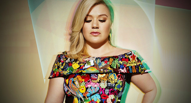 Νέα Τραγούδια | Kelly Clarkson – «Soap & Water» & «Feel It Coming On»