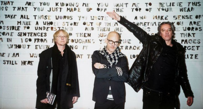Ακυκλοφόρητο Τραγούδι   R.E.M. – Devil Rides Backwards (demo)