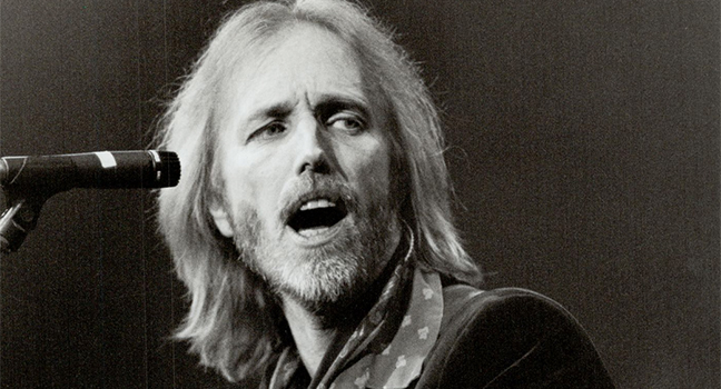 News   Έφυγε από τη ζωή σε ηλικία 66 ετών ο Tom Petty!