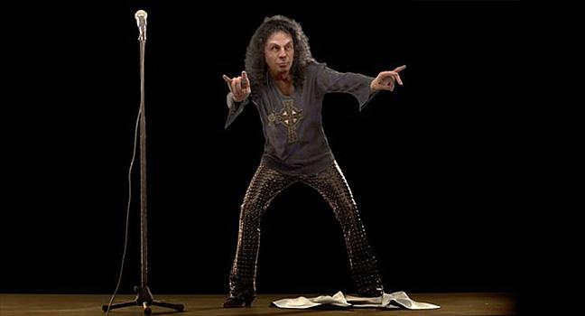 News   Δείτε το ολόγραμμα του Ronnie James Dio σε συναυλία στη Πολωνία!