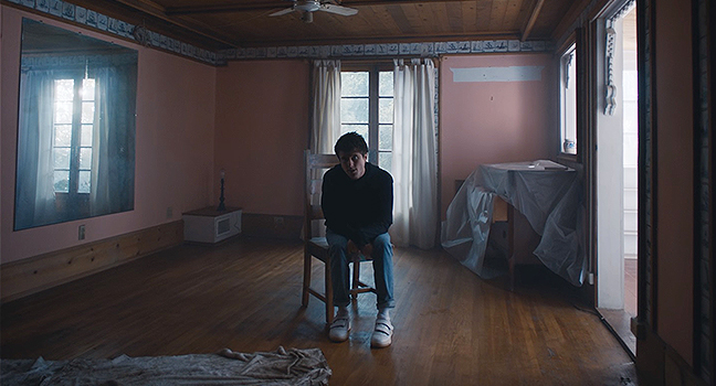 Νέο Music Video | Alec Benjamin Feat. Alessia Cara – Let Me Down Slowly